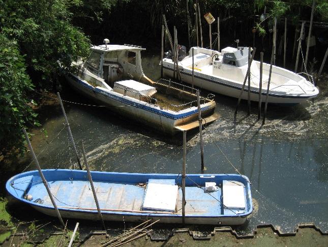【4】不法係留・放置艇の禁止